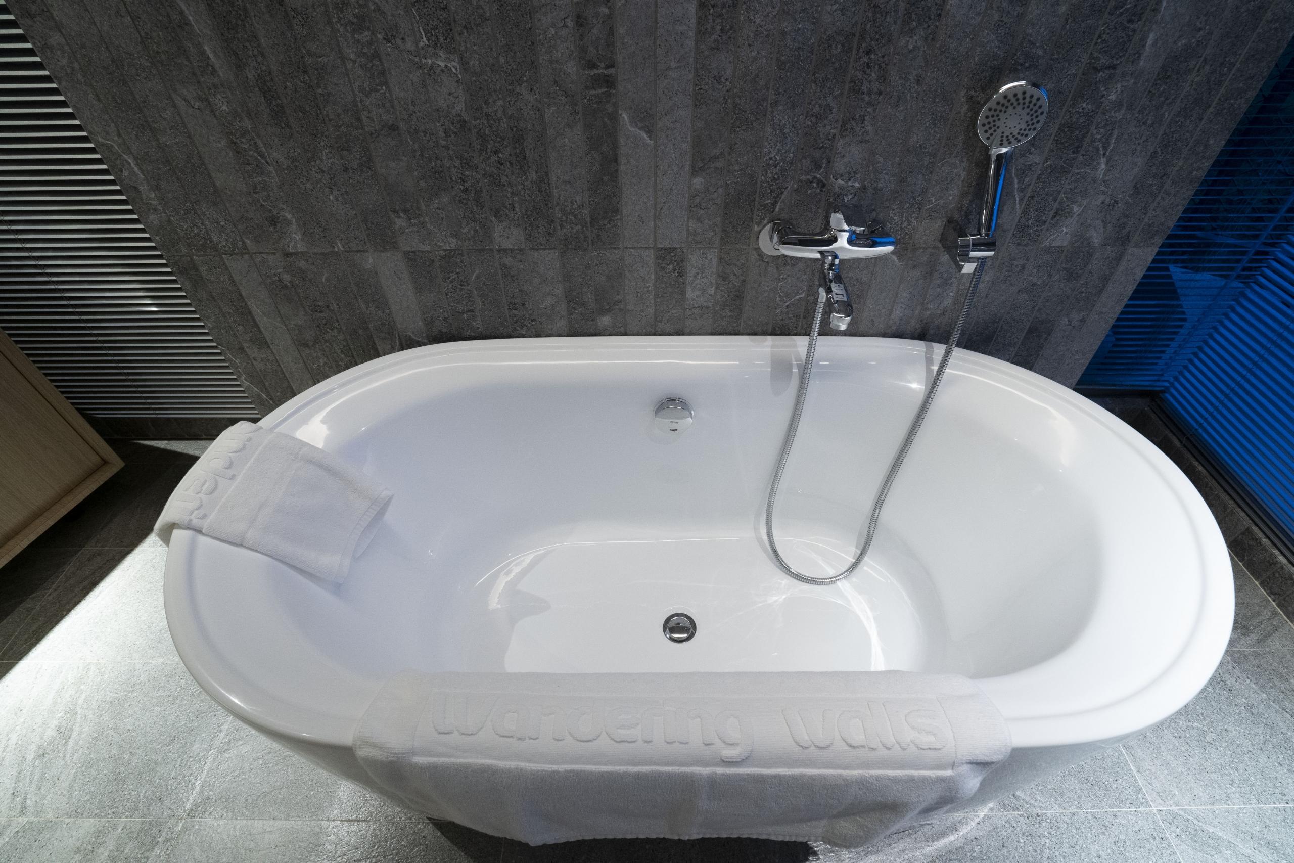 天晴室內泡澡浴缸