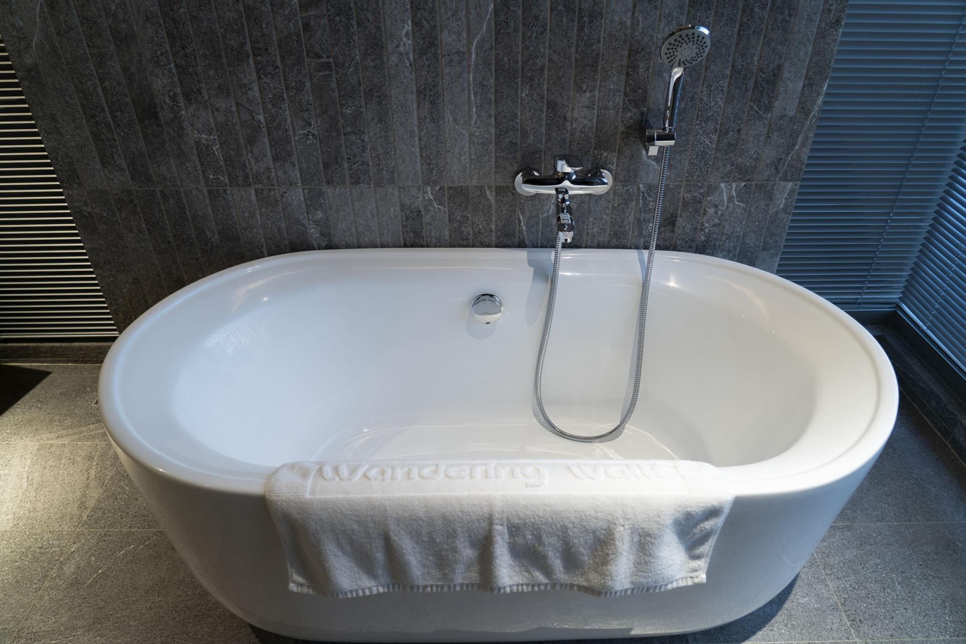 綠境泡澡浴缸