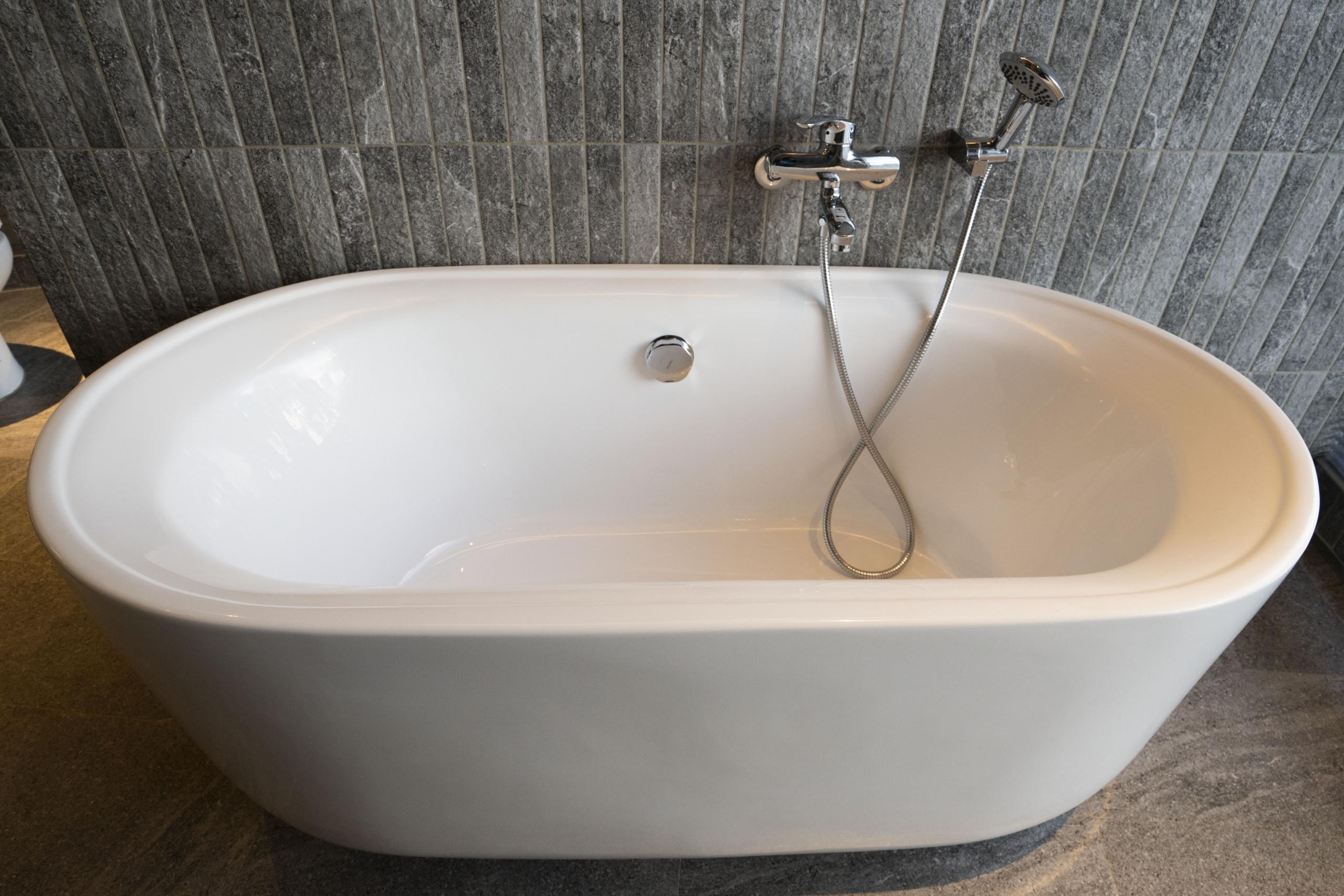 丹池150公分大浴缸